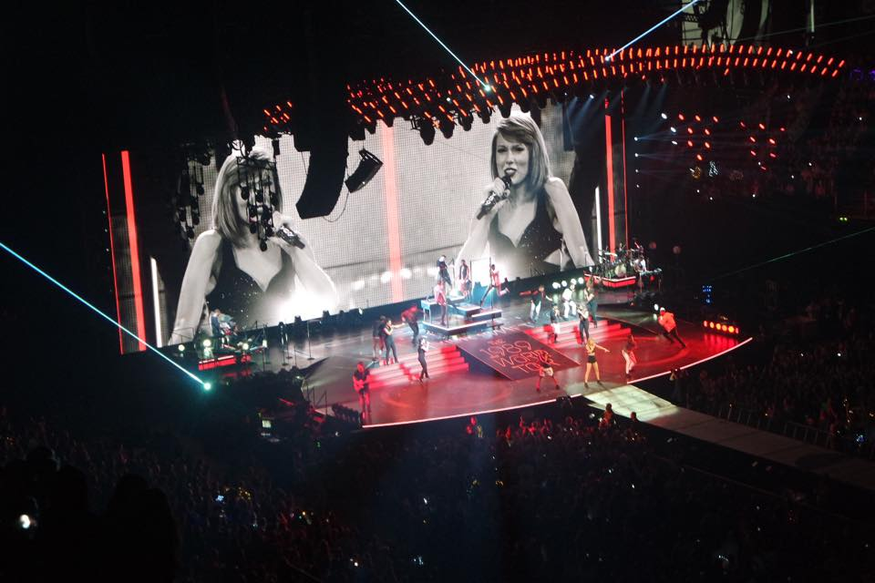 Live Review: Taylor Swift // Manchester Arena, 24.06.15