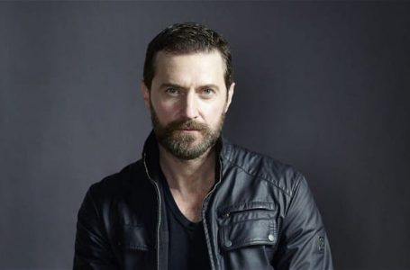 DO NOT USE COMMISSION FOR DAILY ARTS RICHARD ARMITAGE BY DAN BURN FORTI PERMISSION NEEDED WILL COST ONLY TO BE USED IN RELATION TO THE AGREED FEATURE OTHERWISErichard_armitage45220.tif
