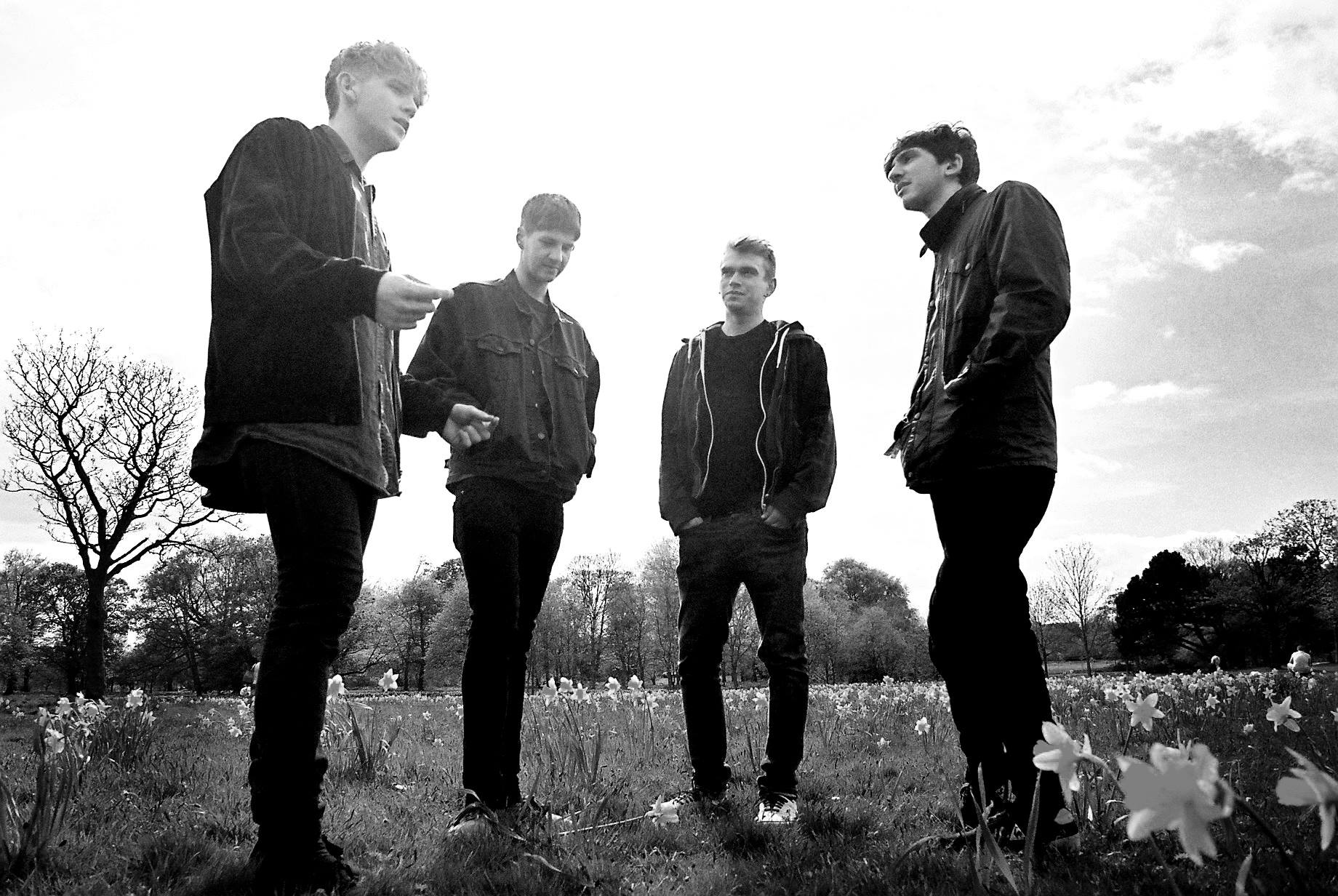 Track Review: So Easy // Red House Glory