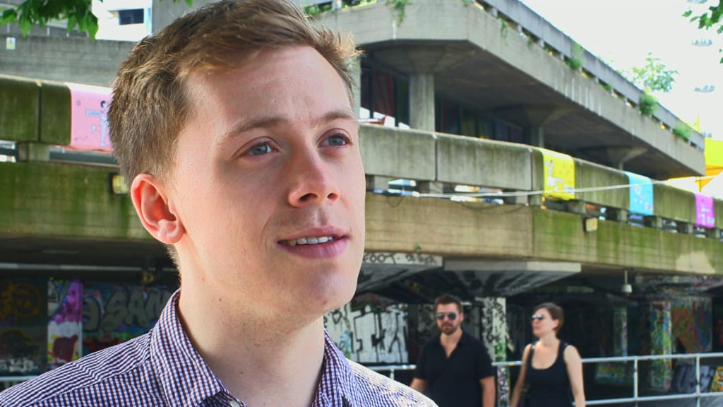 20140704-owen-jones-on-y-tu-mama-tambien-1920x1080