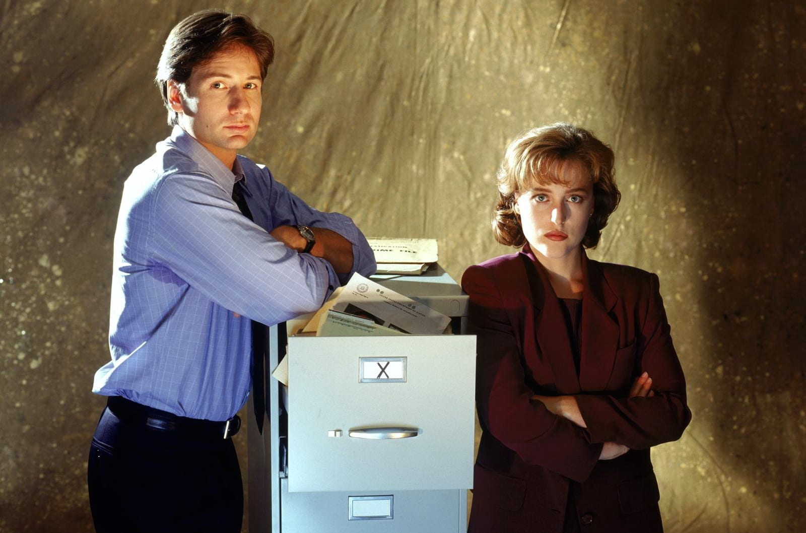 10 Films to Watch In Preparation for The X-Files Revival