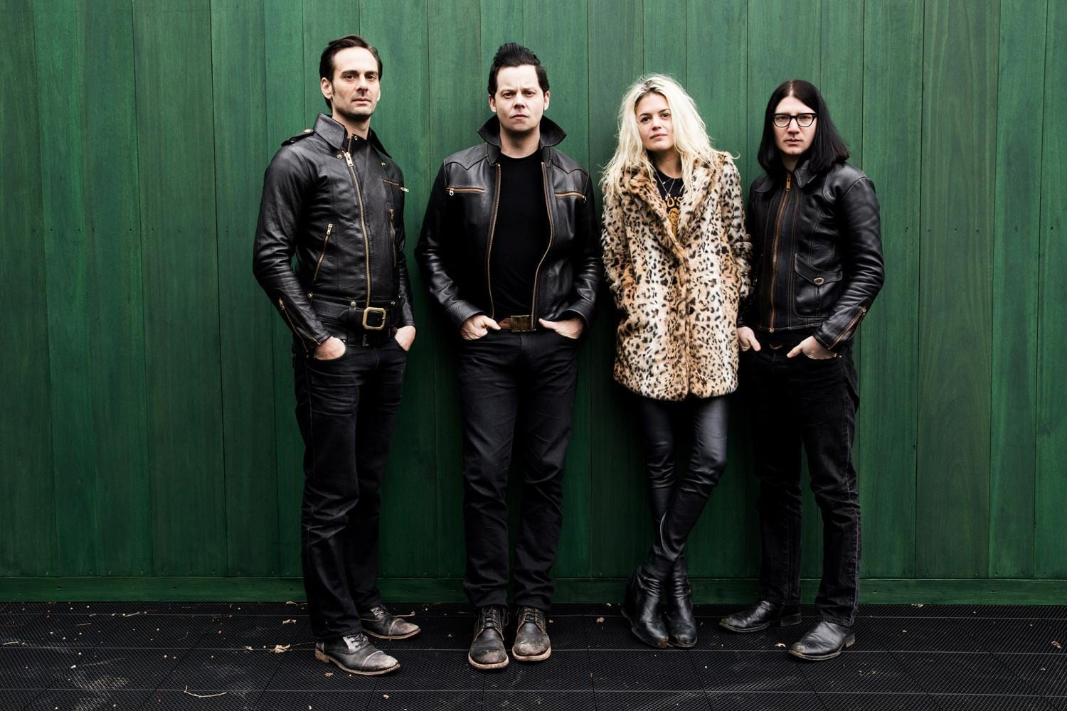 Single Review: I Feel Love (Every Million Miles) // The Dead Weather