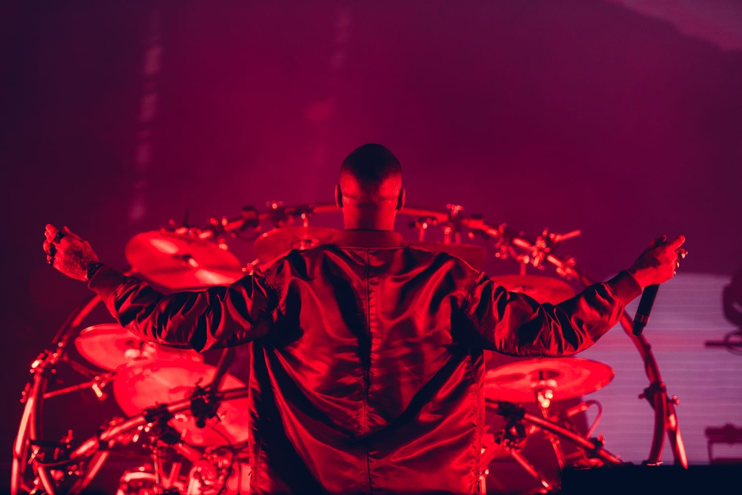 chase-and-status-ally-pally-2016-12