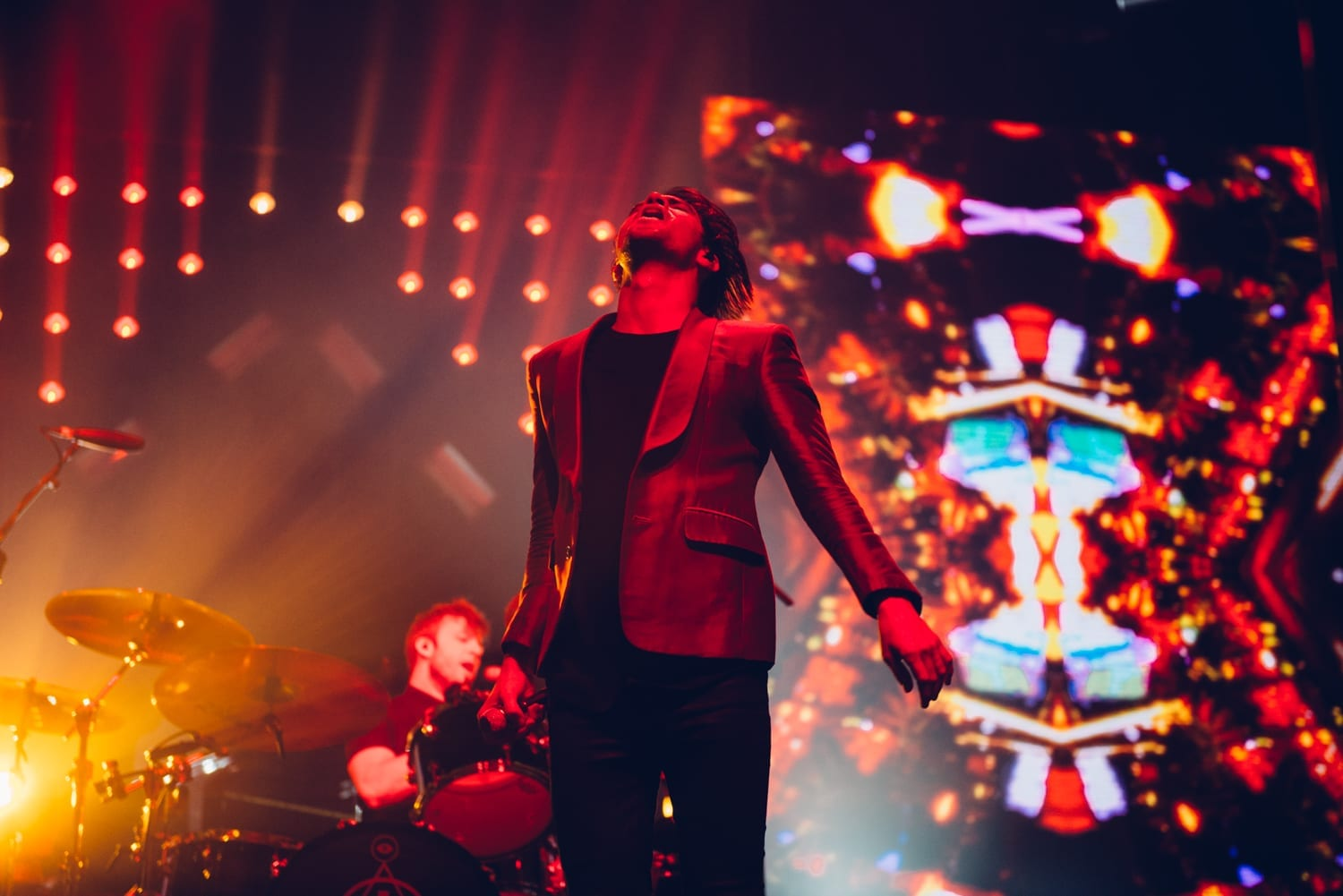 panic-at-the-disco-alexandra-palace-2016-14