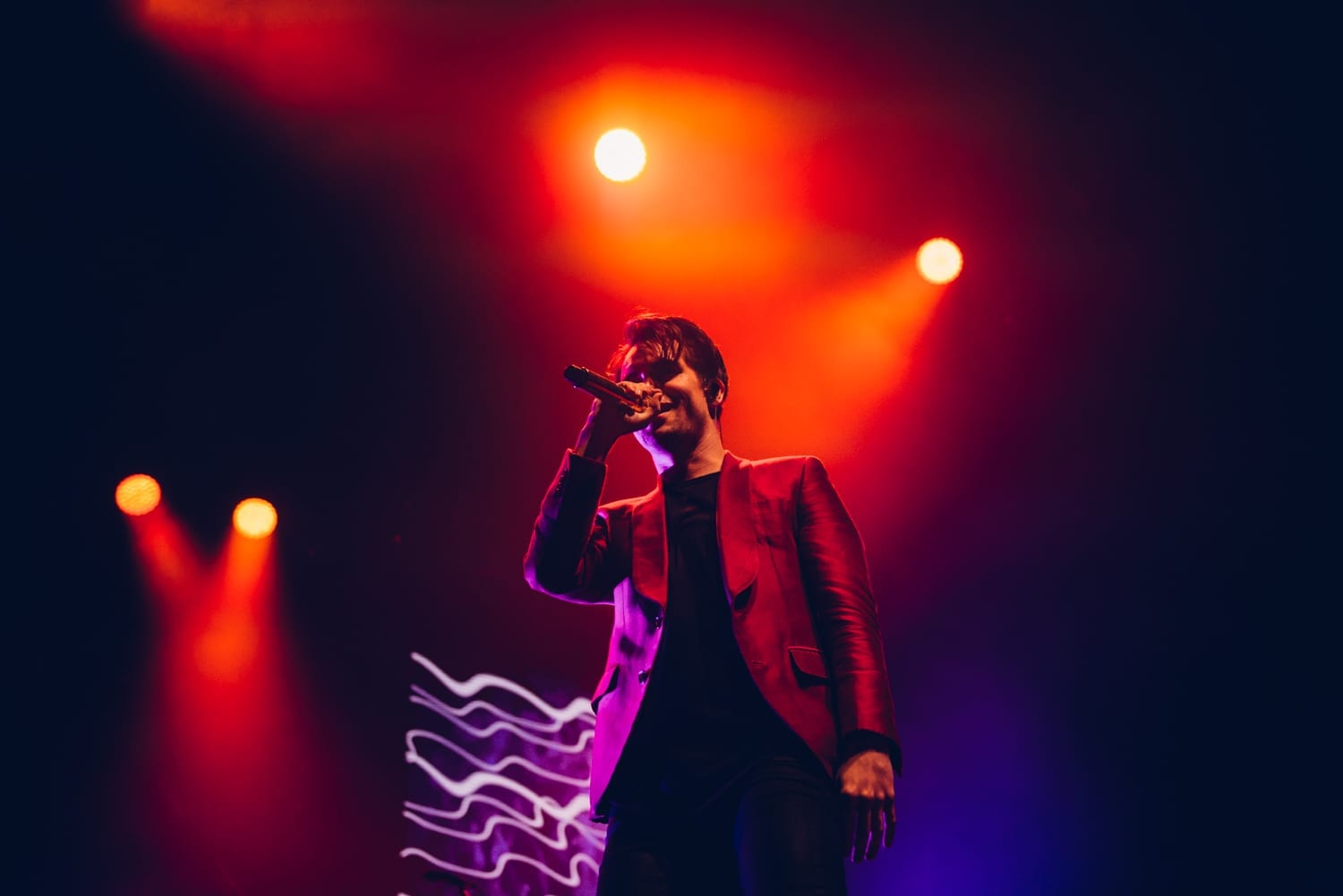 panic-at-the-disco-alexandra-palace-2016-2