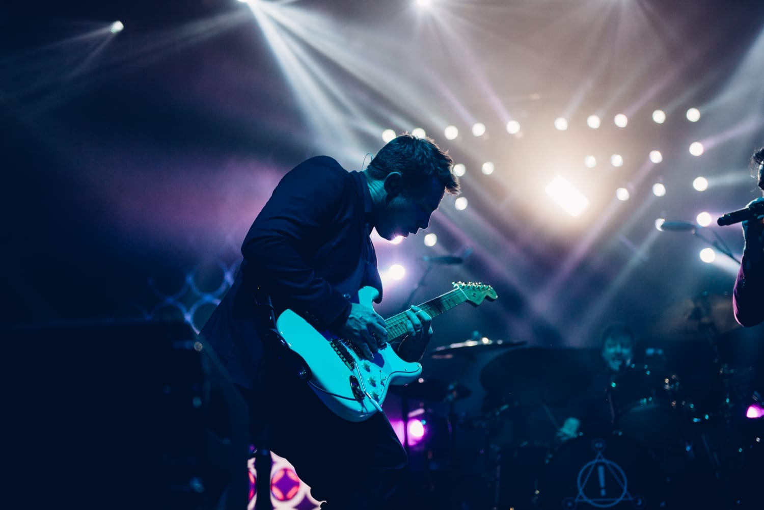 panic-at-the-disco-alexandra-palace-2016-24