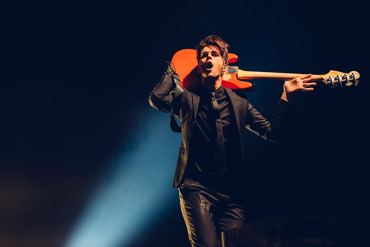 panic-at-the-disco-alexandra-palace-2016-4