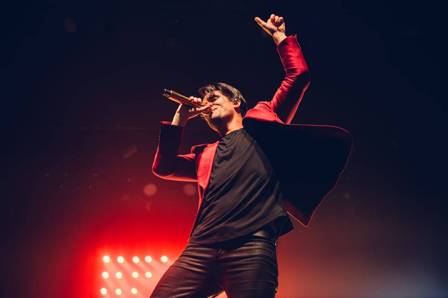 panic-at-the-disco-alexandra-palace-2016-9
