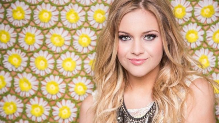 Track Review: Unapologetically // Kelsea Ballerini