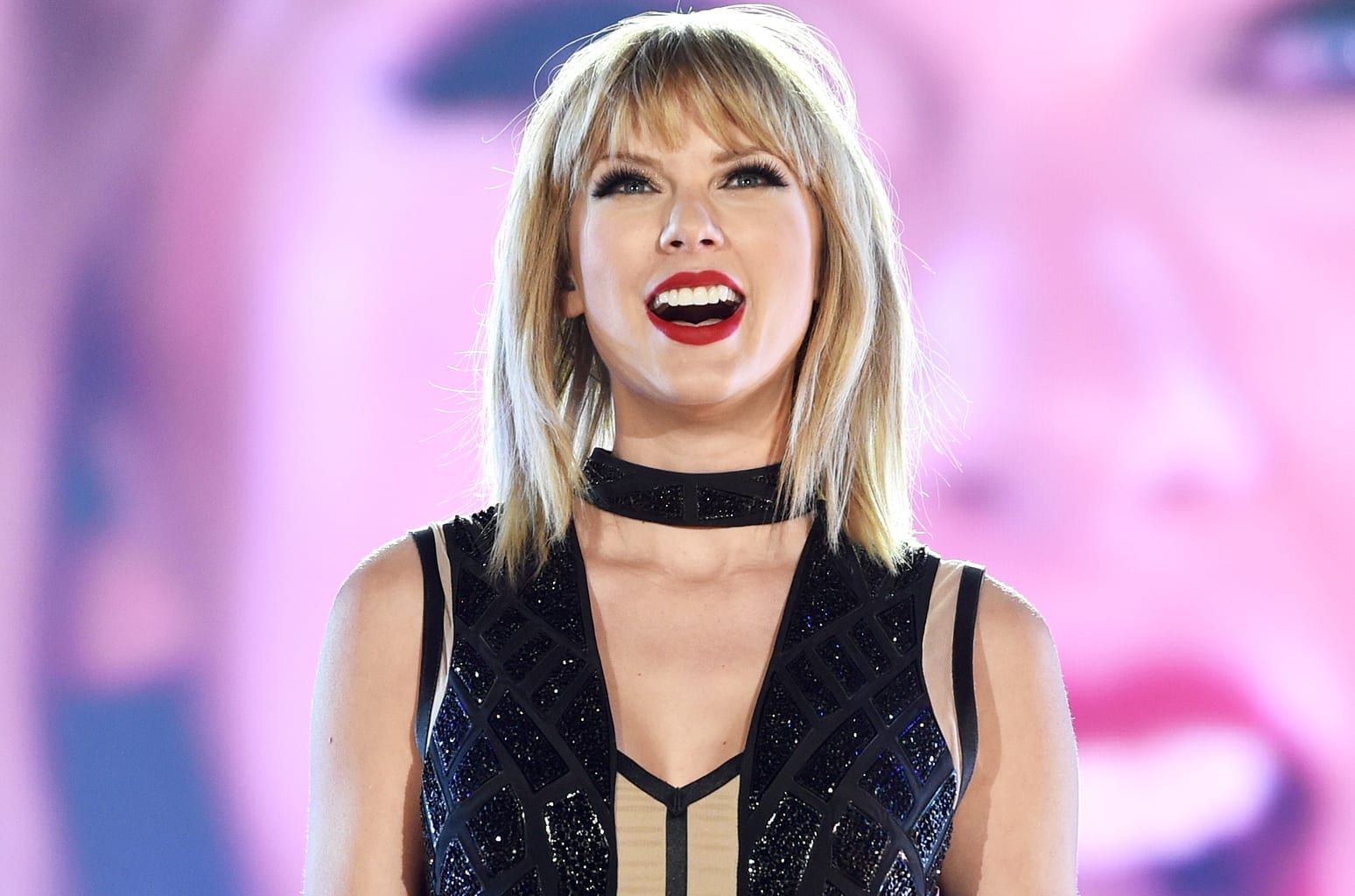 Track Review: …Ready For It? // Taylor Swift
