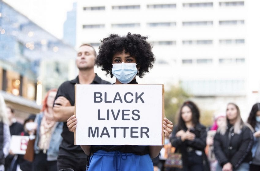 Where To Donate To Help Support The #blacklivesmatter Movement, Protestors, and Other Communities