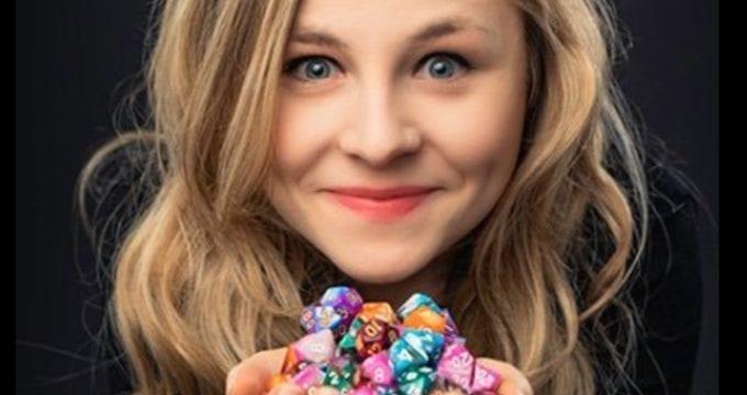 Comedy Review: Character Building Experience // Sasha Ellen – Edinburgh Fringe 2020
