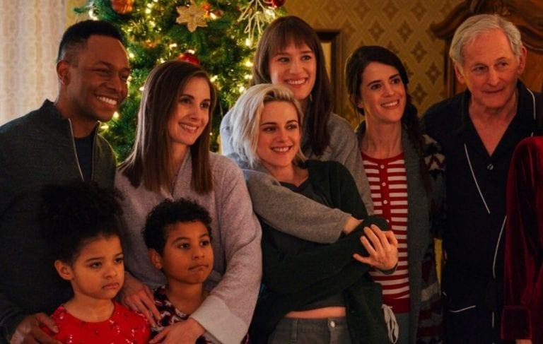 First Look at Lesbian Christmas Rom-Com 'Happiest Season'