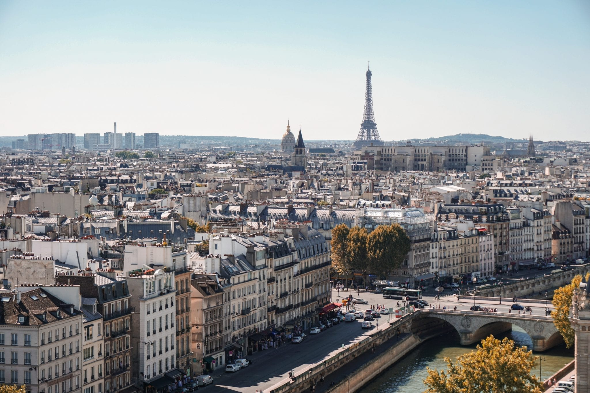 a guide to travelling to paris france food drink bars things to do