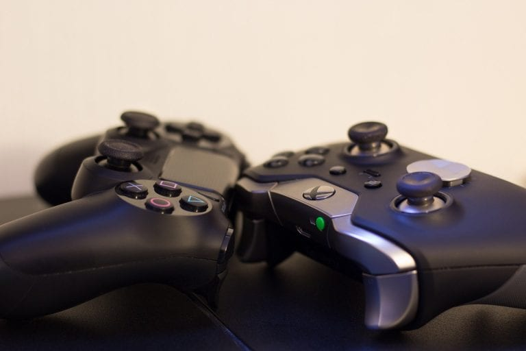 The New Console Wars: Xbox vs PlayStation