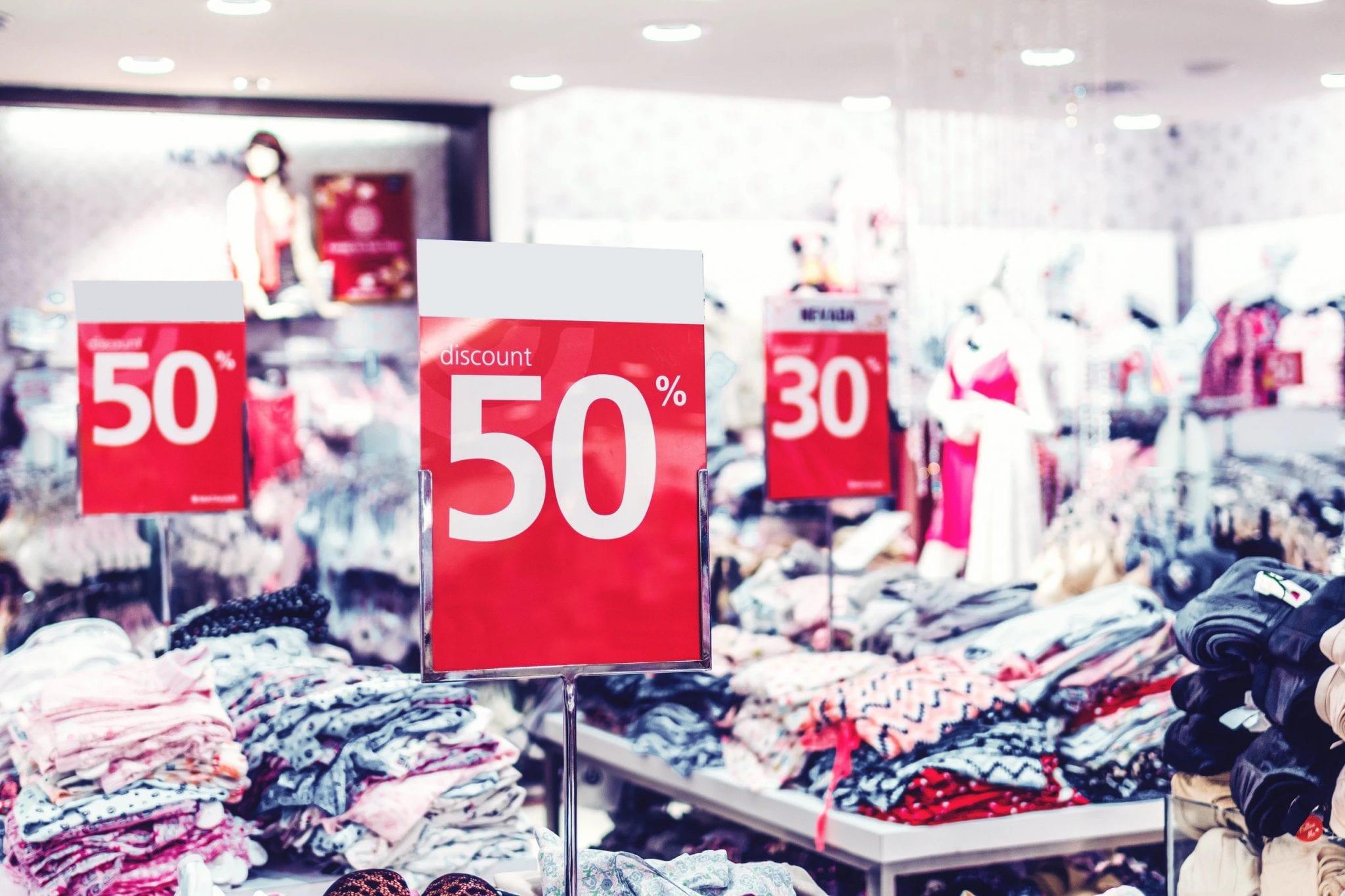 fast fashion sale