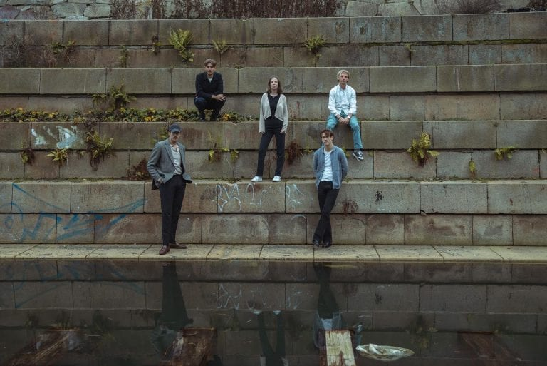 Song of the Week: 'Maybe (I Don't Know Yet)' // Coral the Color