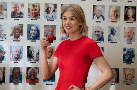 Rosamund Pike in 'I Care A Lot'. (Image: Seacia Pavao / Netflix)