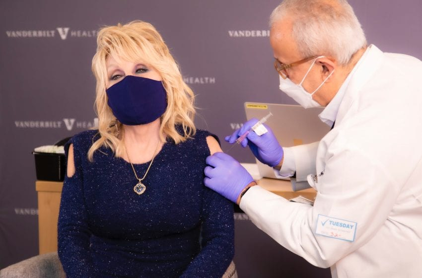 Dolly Parton Celebrates Coronavirus Vaccine With New Version Of 'Jolene'