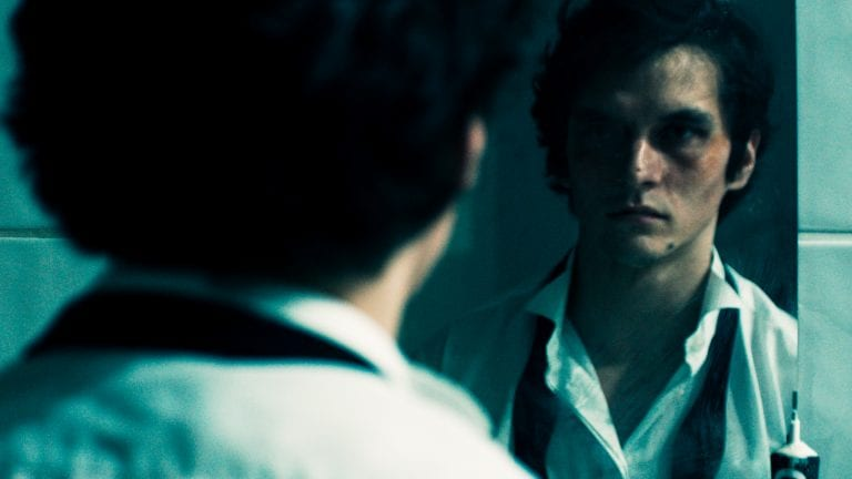 'The Picture of Dorian Gray' Sees Its Protagonist In The Age Of Social Media: Review