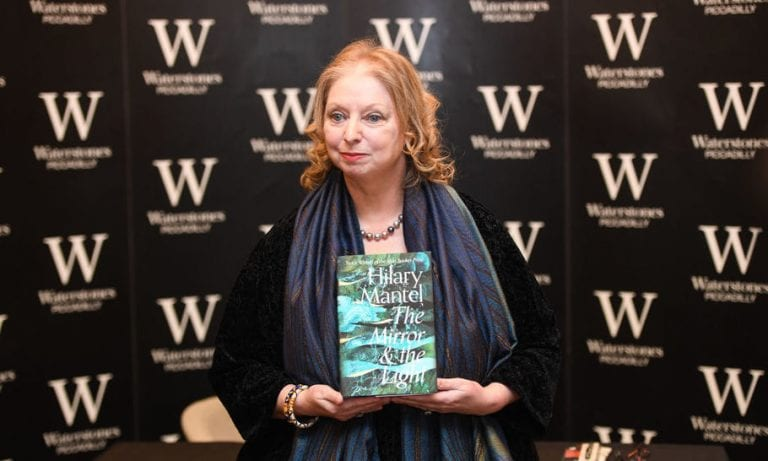 Hilary Mantel Wins Walter Scott Prize for Second Time