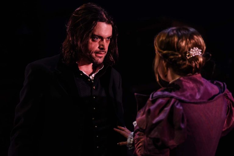 Blackeyed Theatre To Tour 'The Strange Case of Dr Jekyll and Mr Hyde'